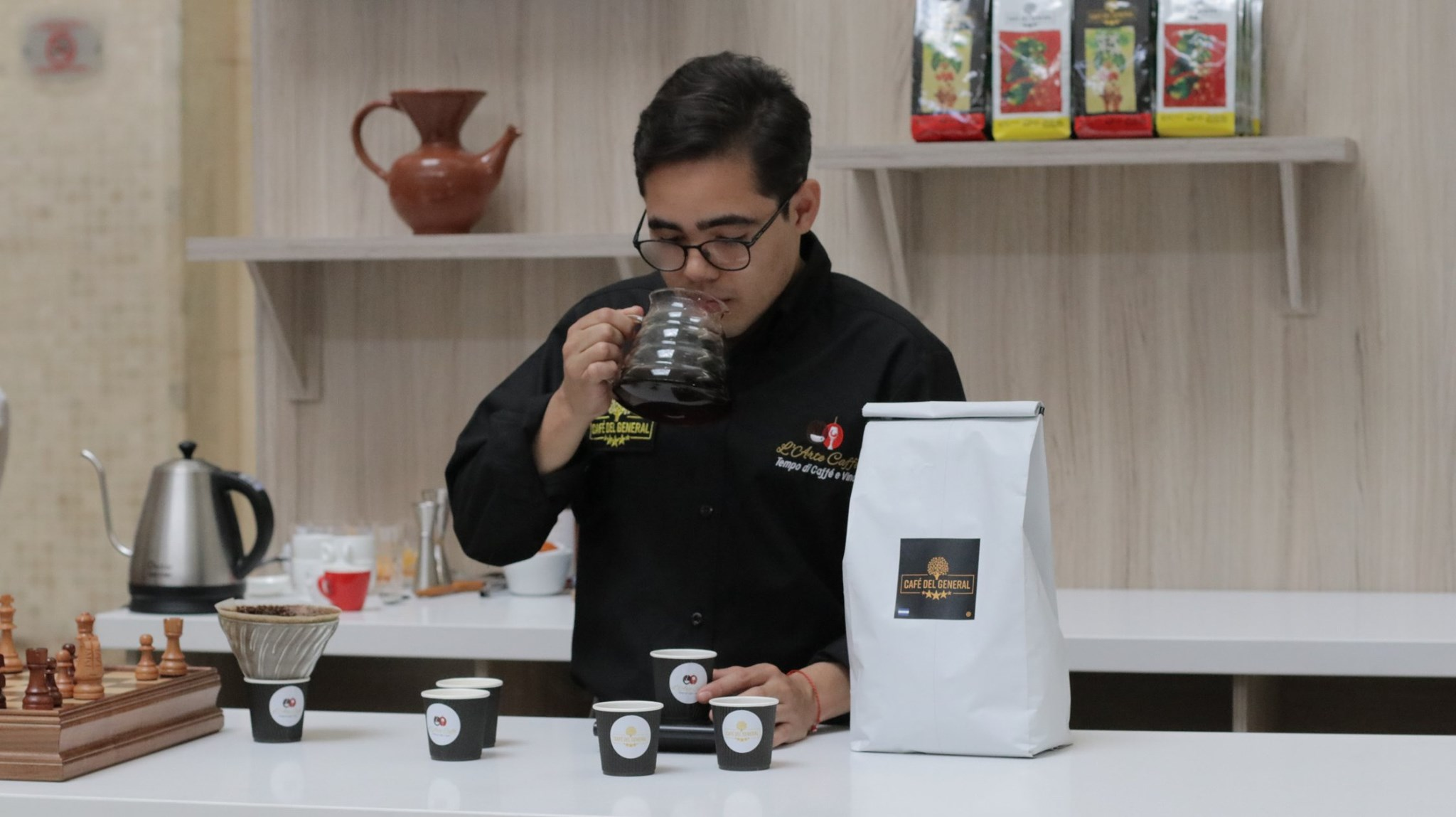 Coffee show 4 cafe del general