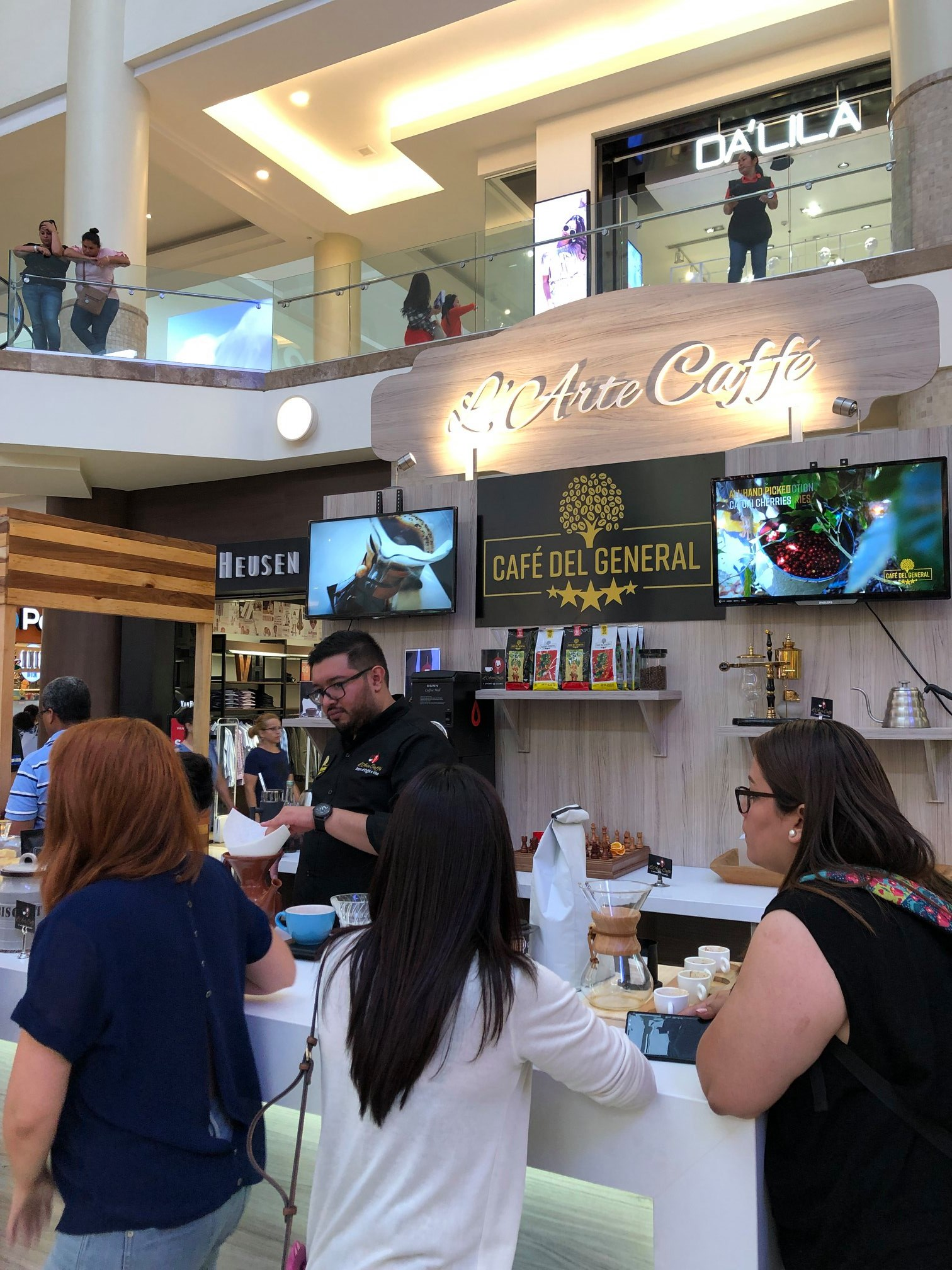 Cafe del General coffee show 4